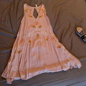 FREE PEOPLE LIGHT PINK EMBROIDERED SUNDRESS
